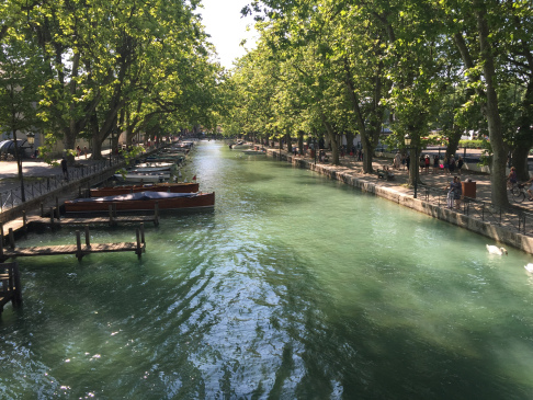 annecy-france-canal-docks