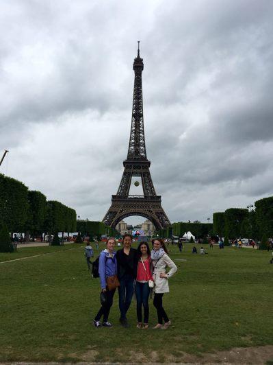 lawn-eiffel-tower-paris