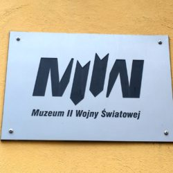 controversy-world-war-ii-museum-sign