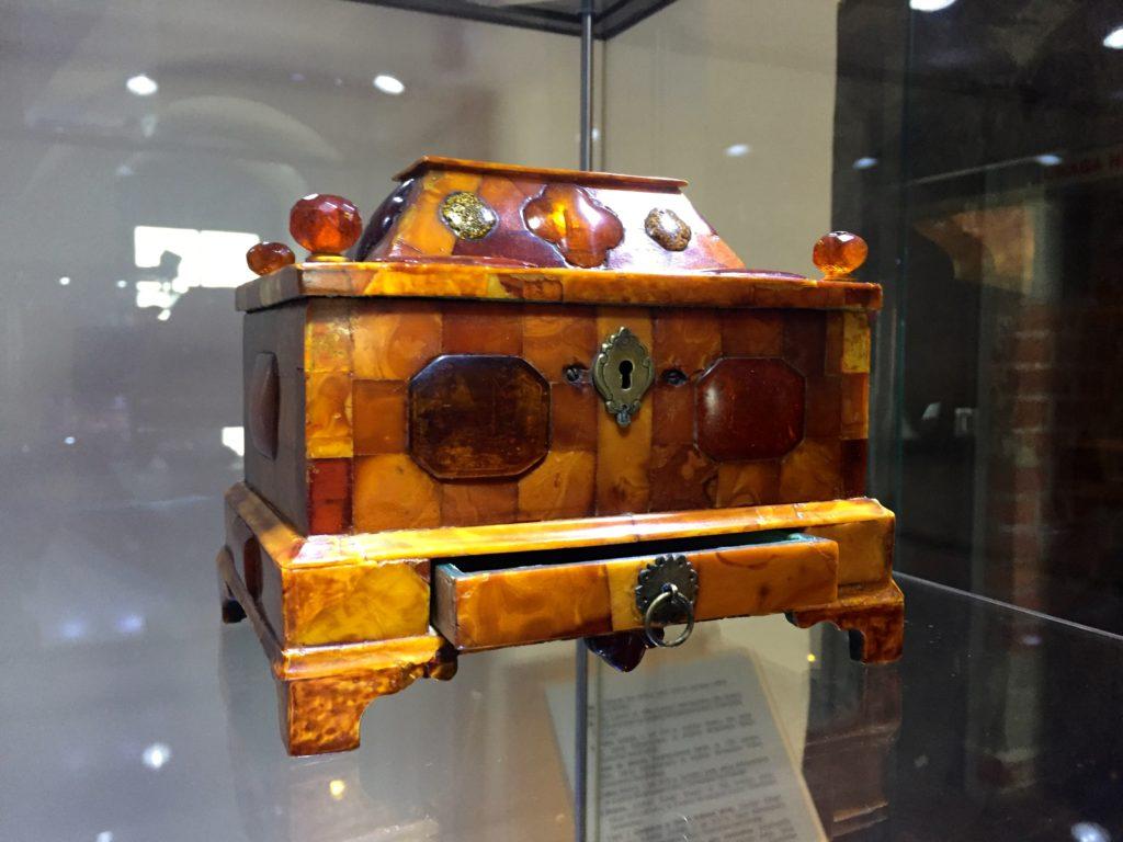 polish-amber-box